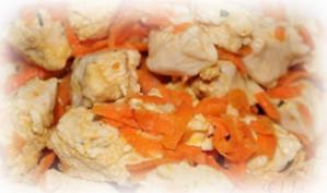 Куриное филе с морковкой на пароварке